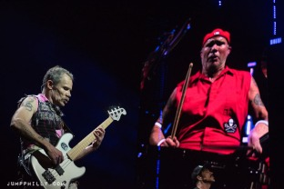 170212_redhotchilipeppers_bspause-13