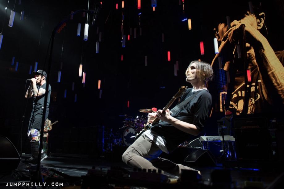 170212_redhotchilipeppers_bspause-9